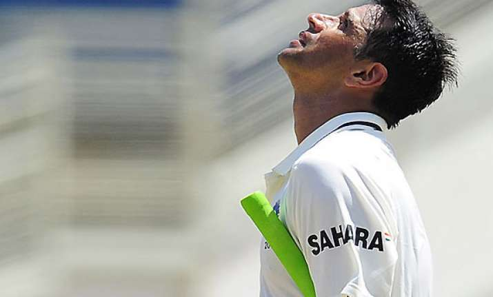 dravid s grit gives india control of opening test