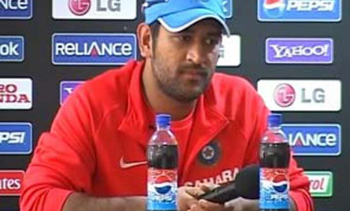 india will miss street smart praveen in world cup dhoni