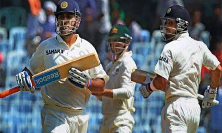 indian batsmen showed how to bat on this pitch aus