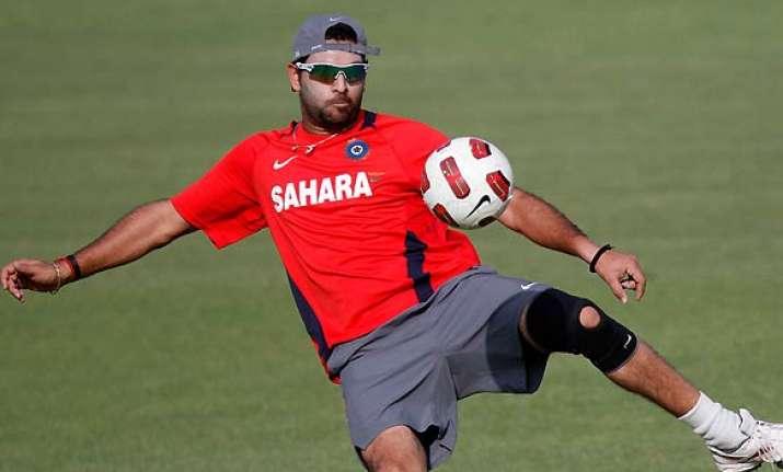 Yuvraj Singh also loves to play Football | Source PTI