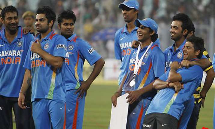 indians aim for whitewash in lone t20