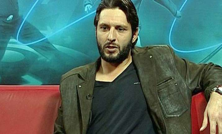 indians not as large hearted as pakistanis afridi