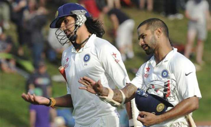 ishant puts india on top with career best six for