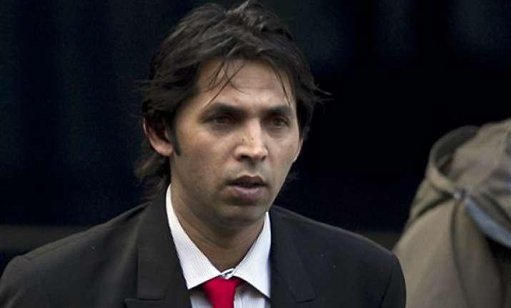 jury retires in pakistan fixing trial