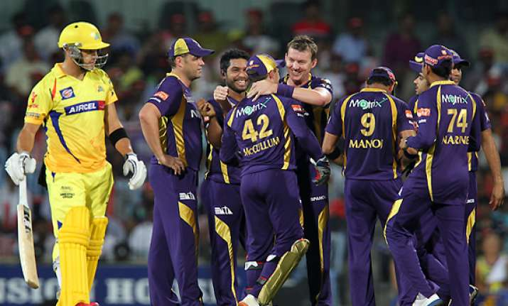 gambhir fifty leads kkr to five wicket win over csk