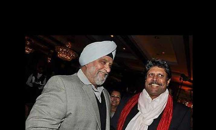 kapil dev bishan singh bedi pledge to donate organs