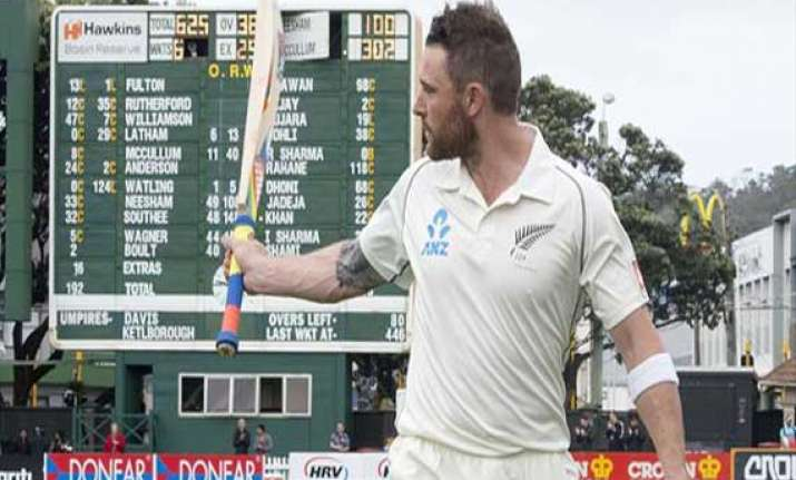 know mccullum first kiwi to score 300 in a test