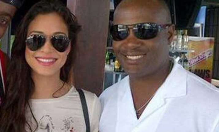 know miss scotland who hit brian lara for a six