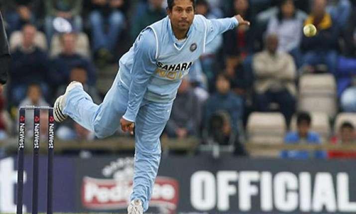 know sachin tendulkar as a bowler