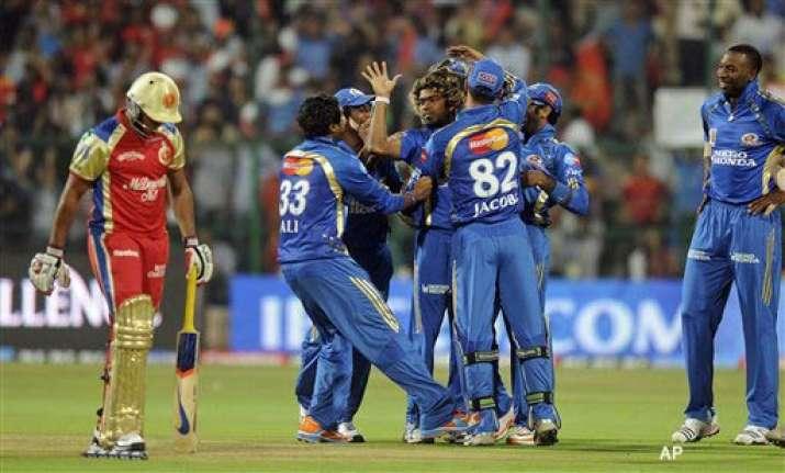 tendulkar ton goes in vain as kochi beat mumbai for maiden