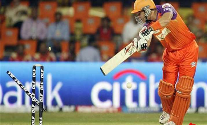 pune warriors down kochi tuskers for second win
