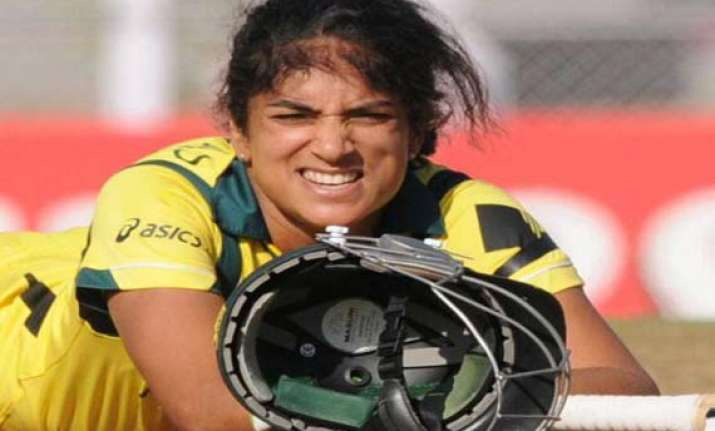 lisa sthalekar retires after world cup triumph