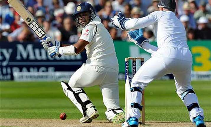 live reporting ind vs eng india 323/8 at stumps. day 3