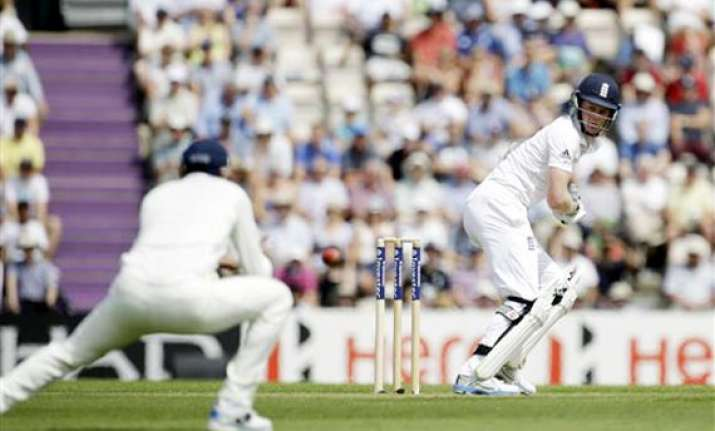 live reporting ind vs eng india 107/4 need 333 more to win