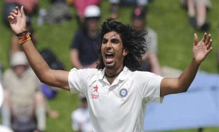 live reporting dhawan ishant put india ahead in second test