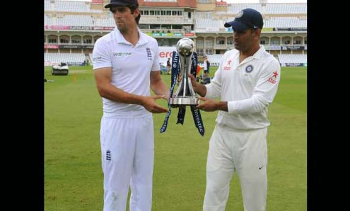 ind vs eng test vijay dhoni duo lead india to 259/4 at