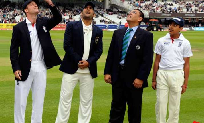 lord s raina in yuvraj 12th man as india wins toss opts to