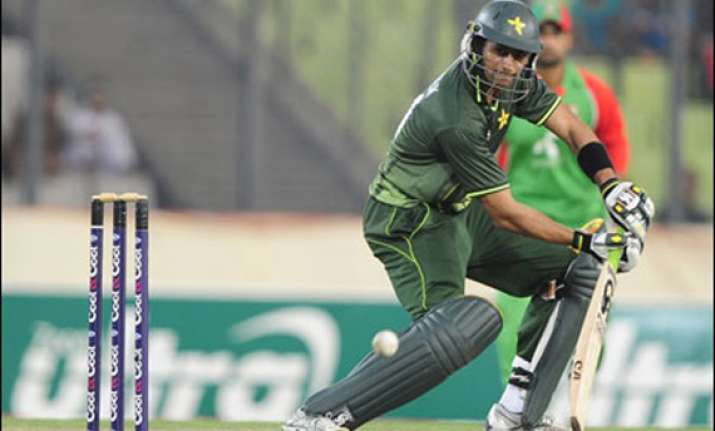 malik and farhat axed for asia cup