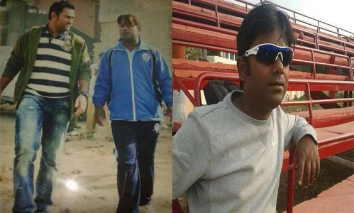 man who taught dhoni the helicopter shot santosh lal passes