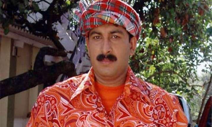 manoj tiwari to build temple for sachin dhoni