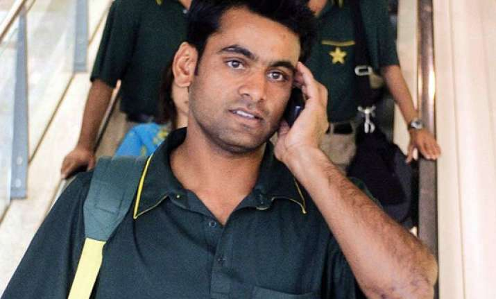 mohammad hafeez faces uphill task to save his place in team