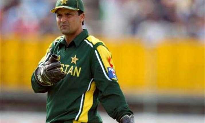 moin khan named pakistan chief selector