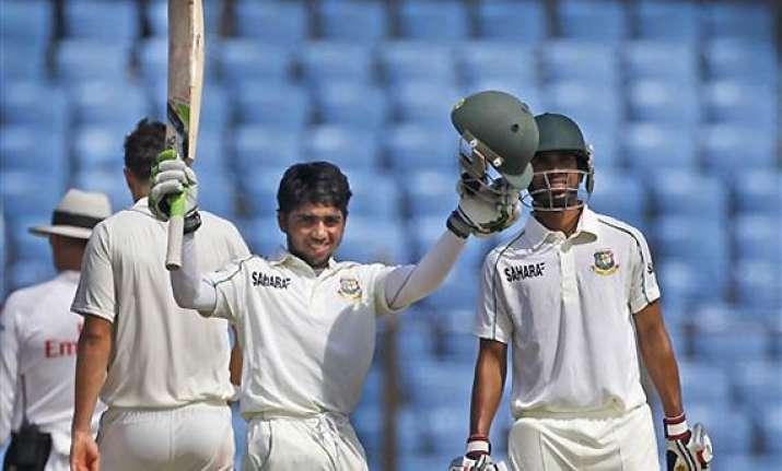 mominul maiden ton lead bangladesh to 272 vs new zealand