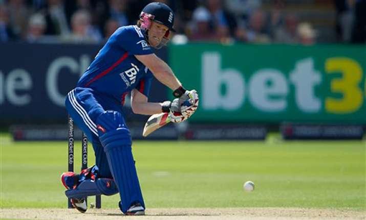 england beats australia by 15 runs at lord s
