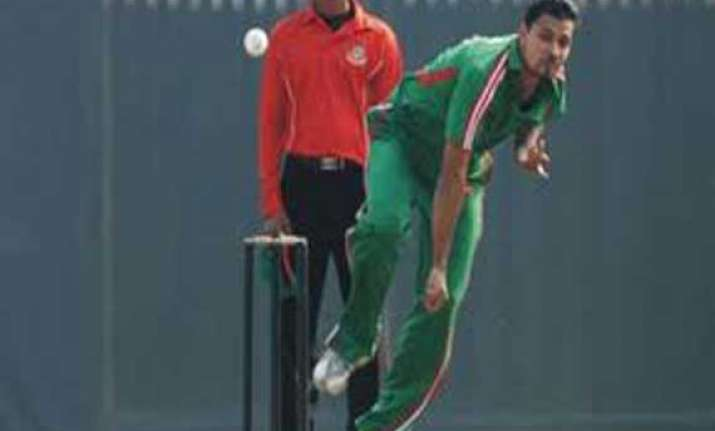 mortaza out of asia cup with injury