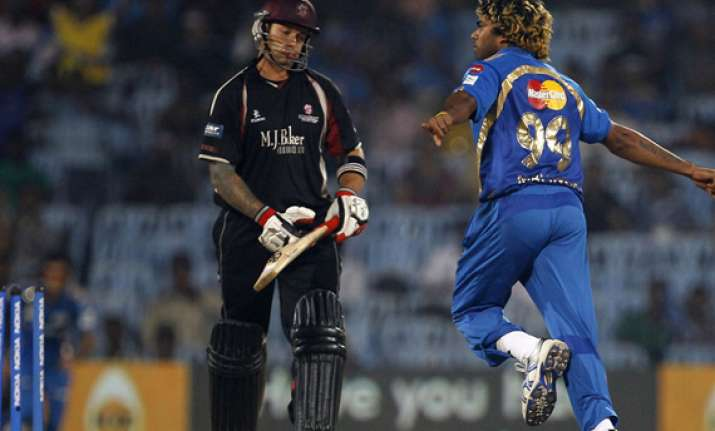 mi beat somerset by 10 runs set up final clash with rcb in