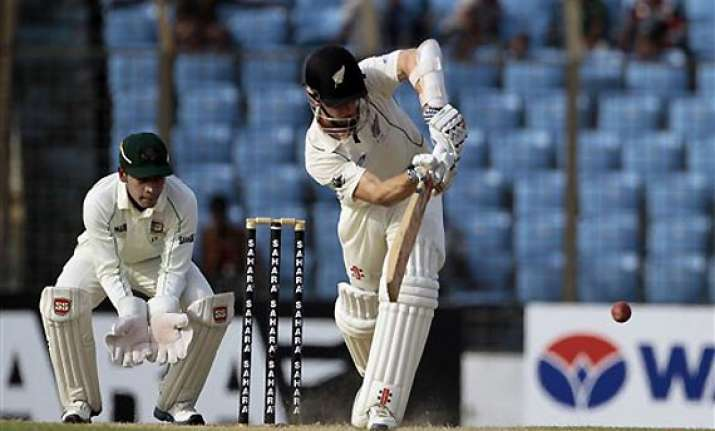 wiliamson s ton helped nz close day 1 on 280 5