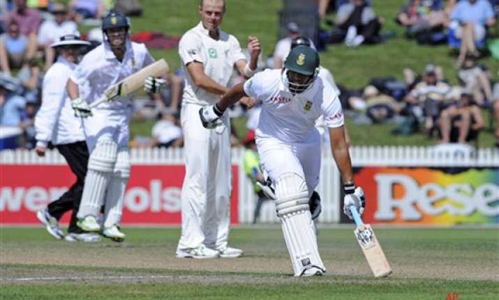 south africa beats new zealand by 9 wickets