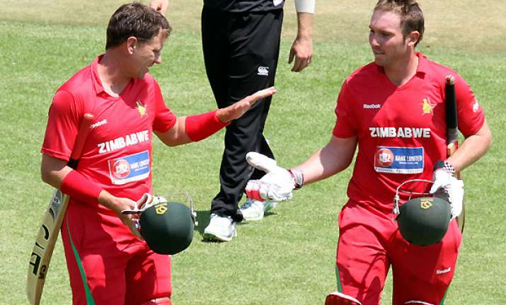 zimbabwe beats nz by 1 wicket in dramatic chase
