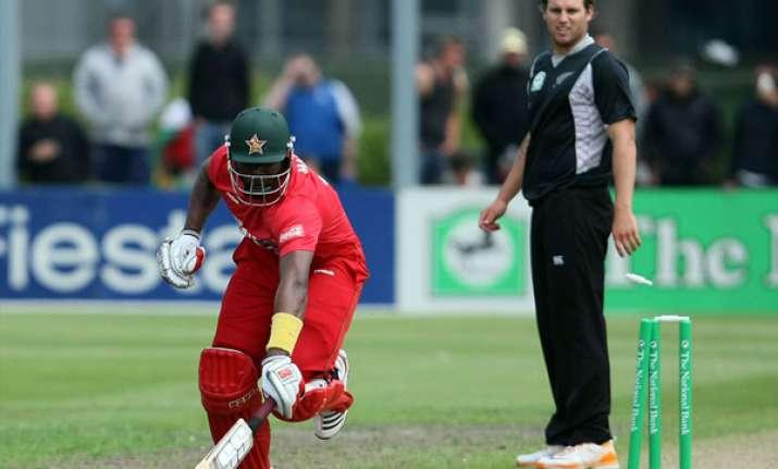 new zealand beats zimbabwe by 90 runs in 1st odi