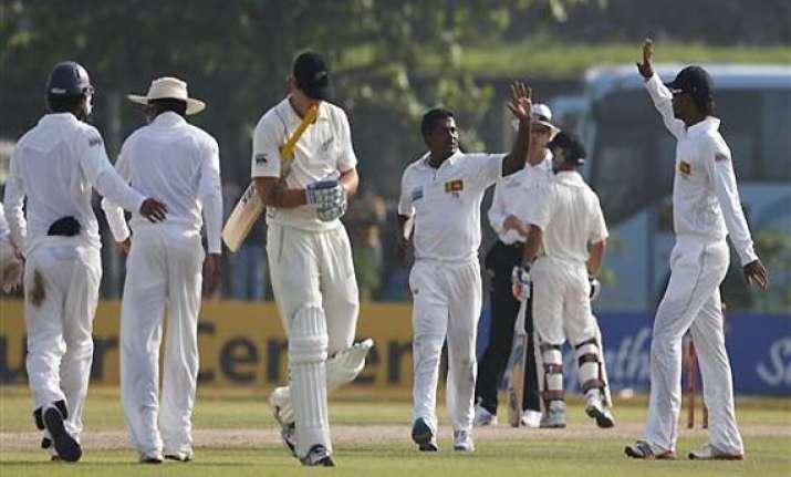 sri lanka 9 1 at stumps on 1st day against new zealand