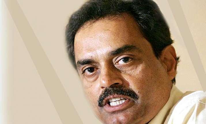 nobody available to replace sachin tendulkar says vengsarkar