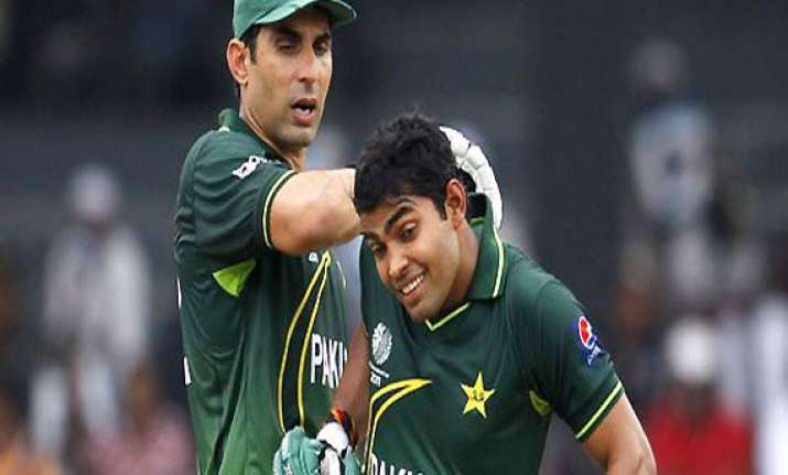 notice to 21 pakistani cricketers for evading tax