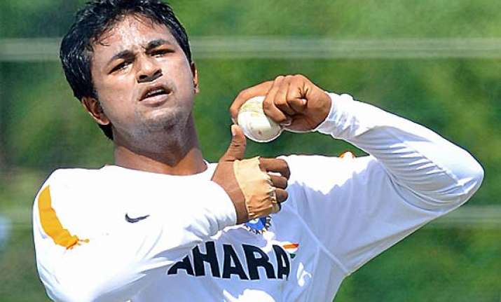 ojha gears up for maiden trip down under
