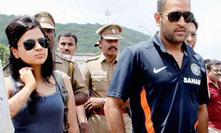 old friend recollects memorable flight with dhoni