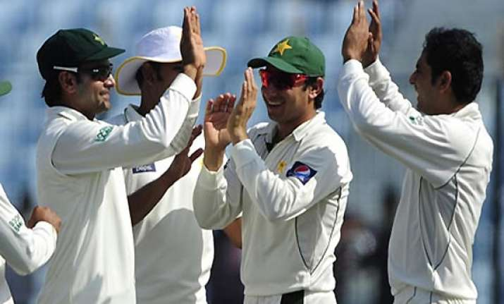 opportunity for pakistan to return to top 4 in tests