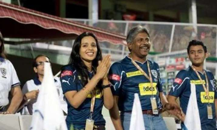 owners mull stake sale in deccan chargers ipl team