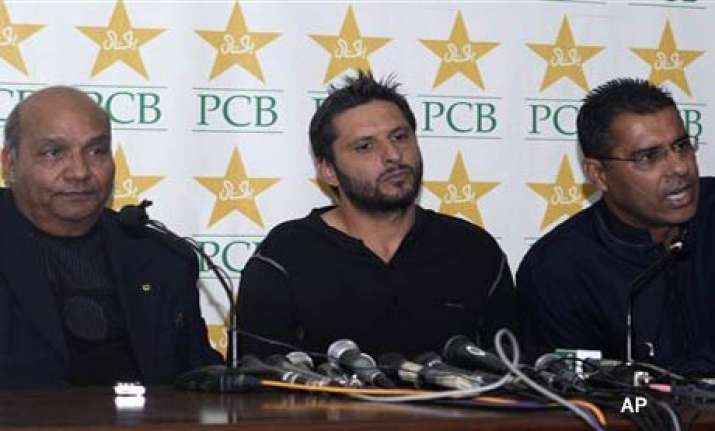 pak players hope to put spotfixing stain behind them