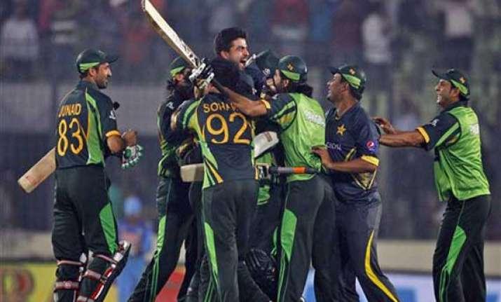 pakistan team is playing brilliant cricket wasim akram