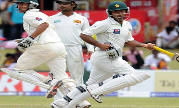 pakistan reaches 334 1 against sri lanka on day 1