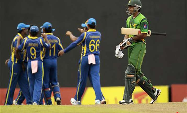 pakistan sets 248 target for sri lanka in 5th odi
