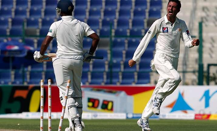 junaid grabs five wickets as pakistan take control