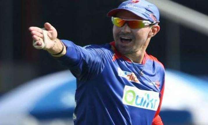 pietersen to open cricket academies in dubai india