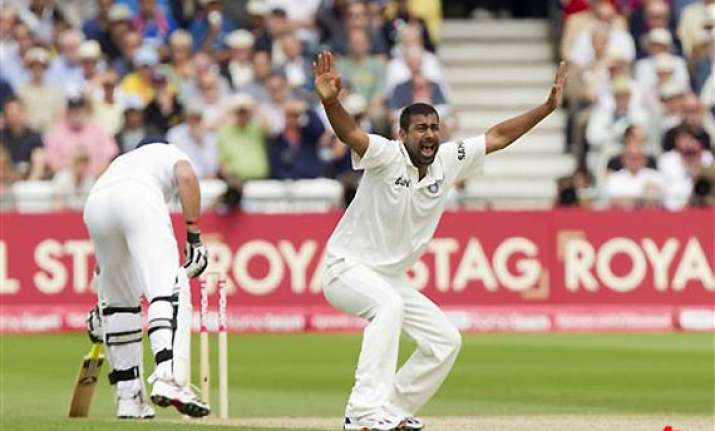 praveen fined for arguing with on field umpire