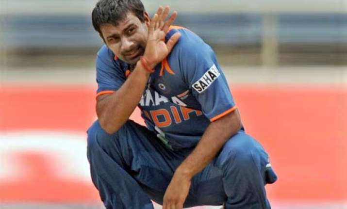 praveen kumar ruled out of world cup