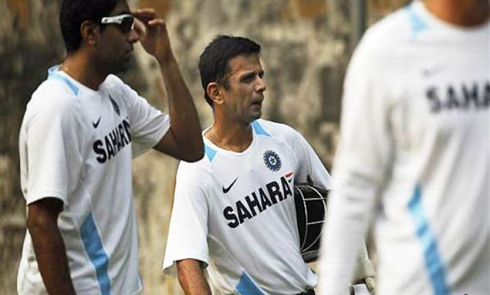 rahul dravid pips ian bell as the highest run getter in